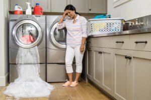 جمع شدن آب در ماشین لباسشویی